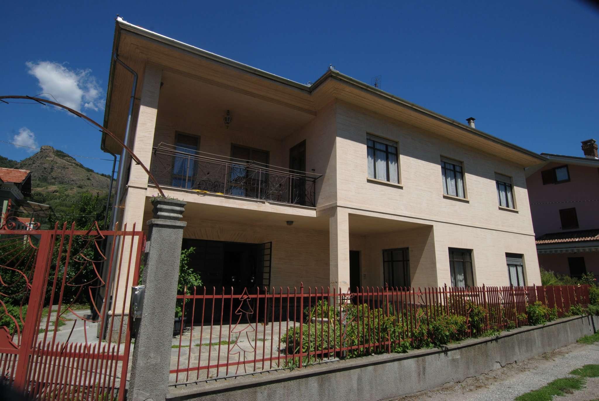 Soluzione Indipendente in vendita a Condove, 7 locali, prezzo € 200.000 | CambioCasa.it