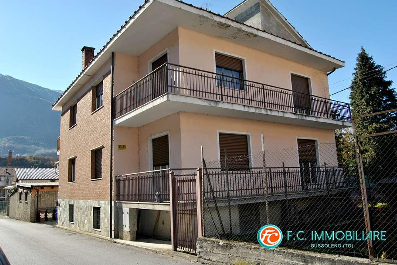 Soluzione Indipendente in vendita a Susa, 12 locali, prezzo € 219.000 | CambioCasa.it