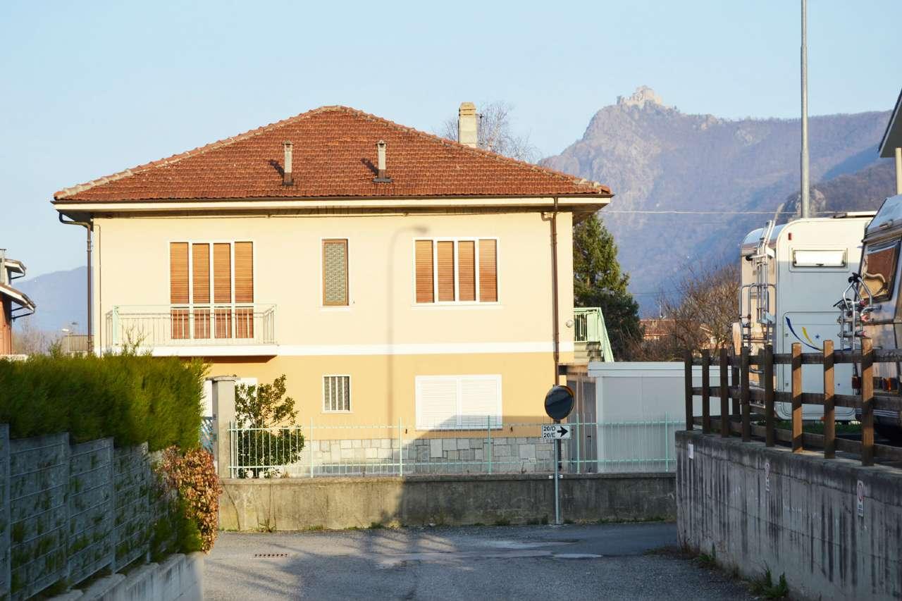 Foto 1 di Casa indipendente via Martiri della Libertà  20, Vaie