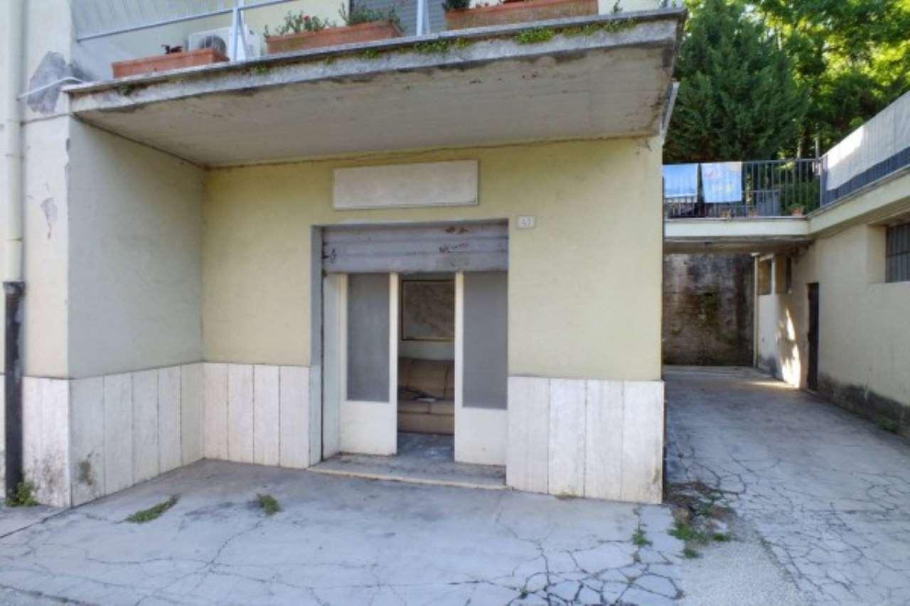 Negozio / Locale in vendita a Montopoli di Sabina, 1 locali, prezzo € 15.000 | Cambio Casa.it