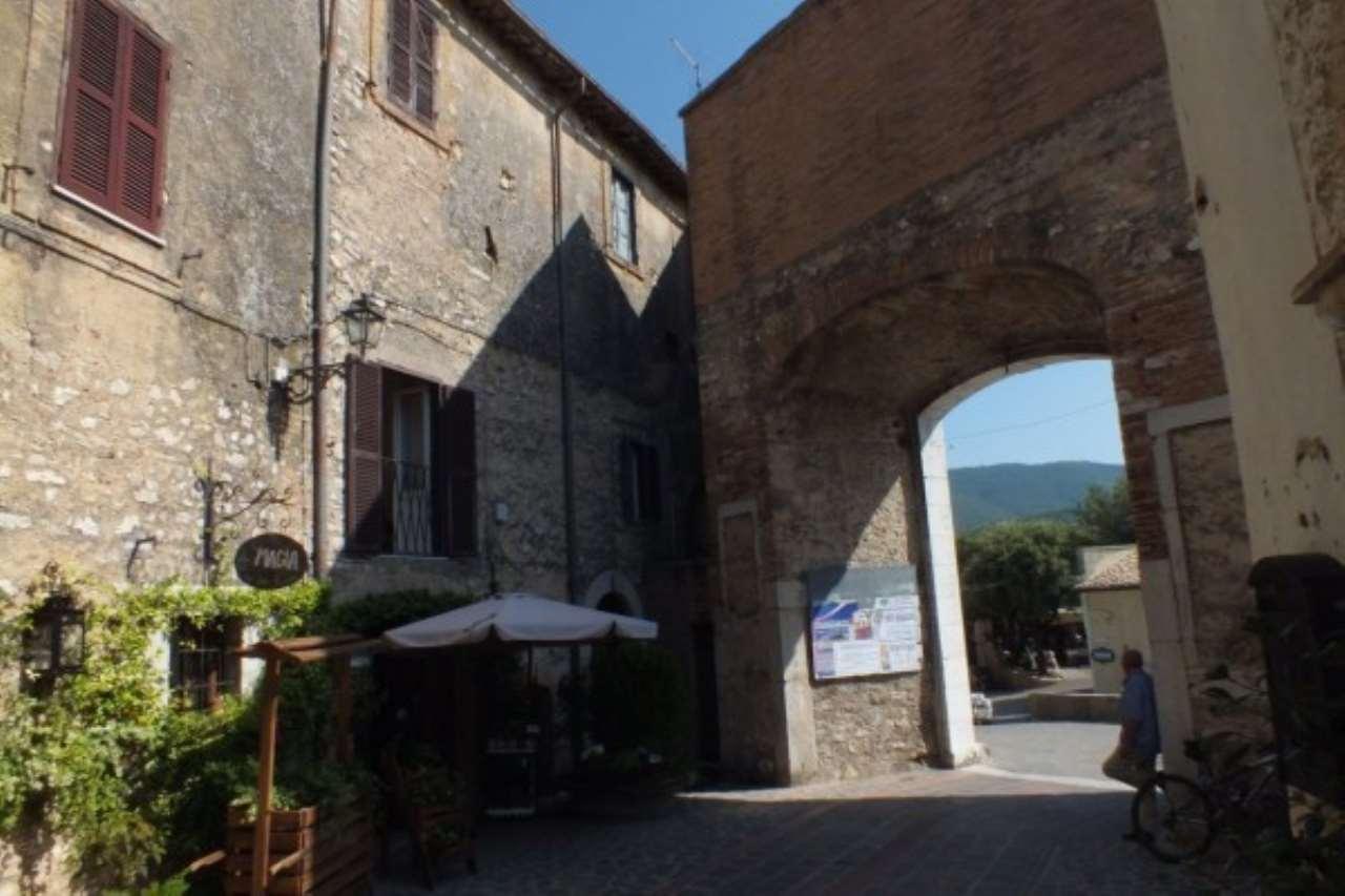 Appartamento in vendita a Salisano, 5 locali, prezzo € 73.000 | Cambio Casa.it