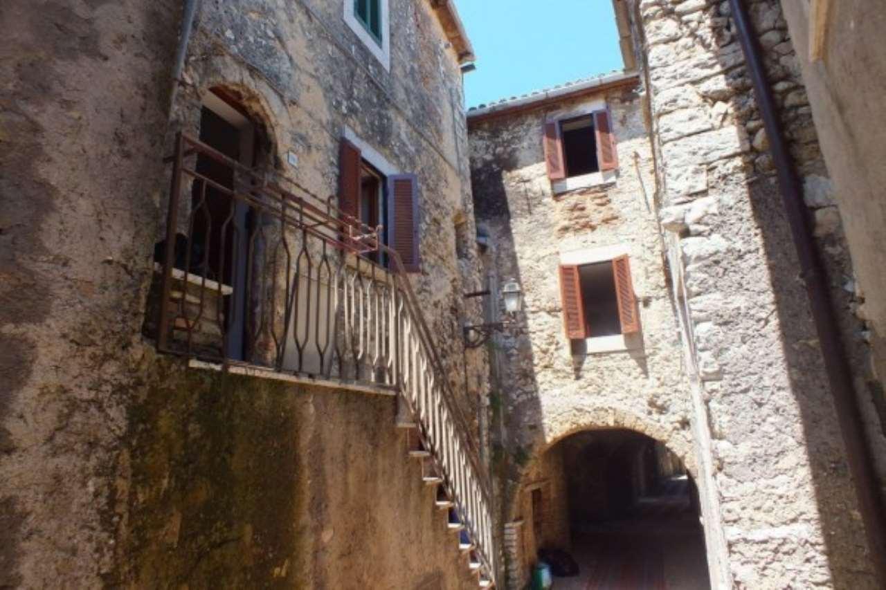 Appartamento in vendita a Salisano, 2 locali, prezzo € 55.000 | Cambio Casa.it