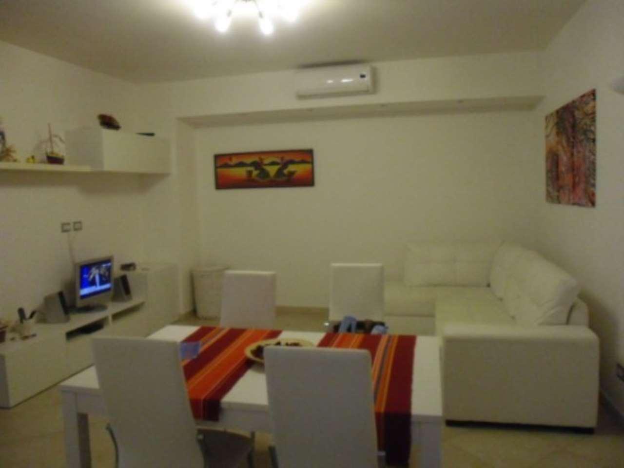 Appartamento in vendita a Terracina, 2 locali, prezzo € 170.000 | Cambio Casa.it