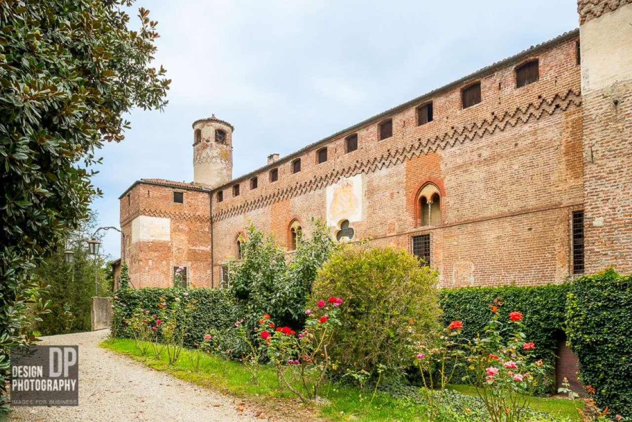 Palazzo / Stabile in vendita a Macello, 6 locali, prezzo € 650.000   Cambio Casa.it