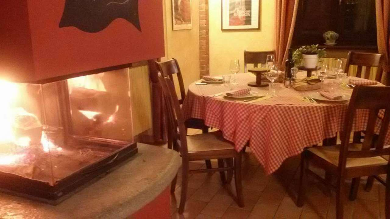 Ristorante / Pizzeria / Trattoria in vendita a Scalenghe, 4 locali, prezzo € 85.000 | Cambio Casa.it
