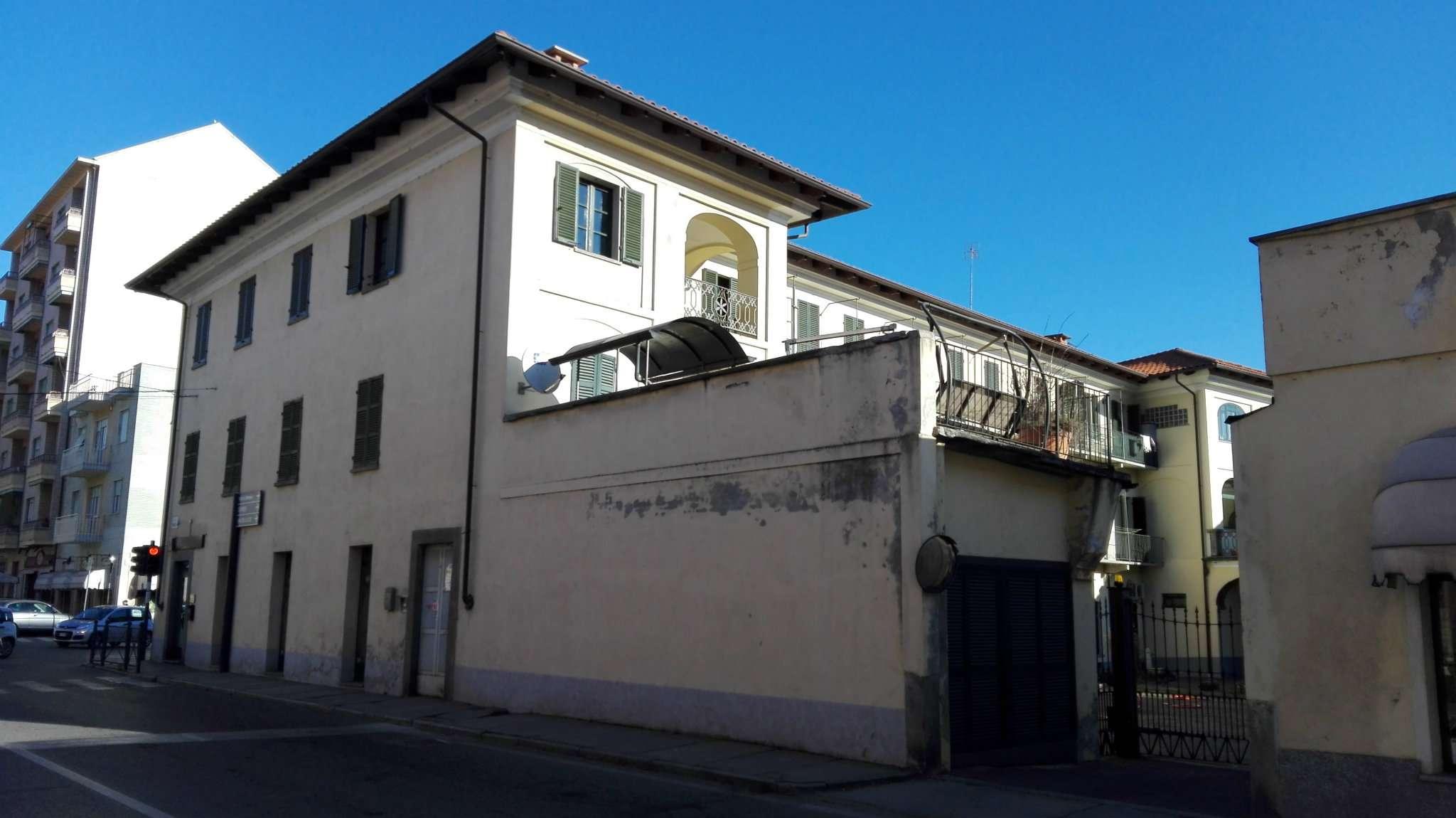 Appartamento in vendita a Pinerolo, 4 locali, prezzo € 160.000 | Cambio Casa.it