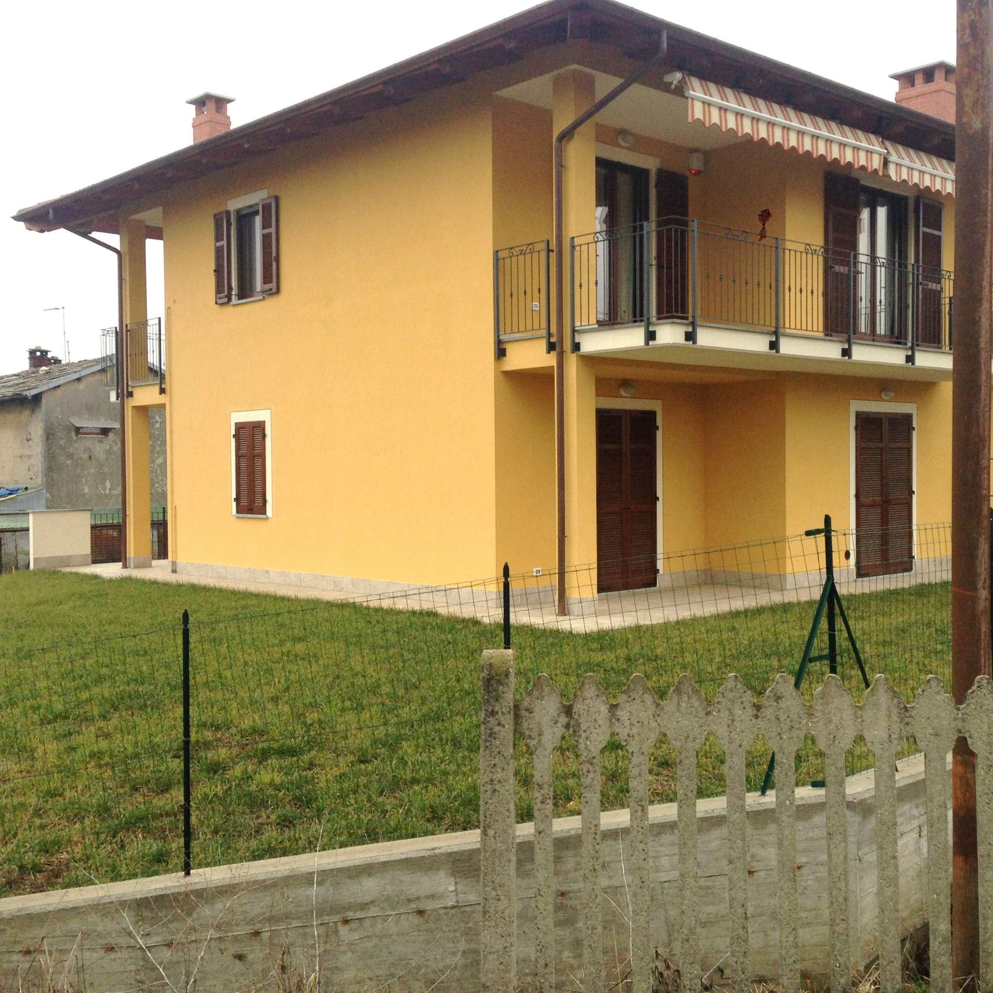 Appartamento in Vendita a Bricherasio: 4 locali, 90 mq