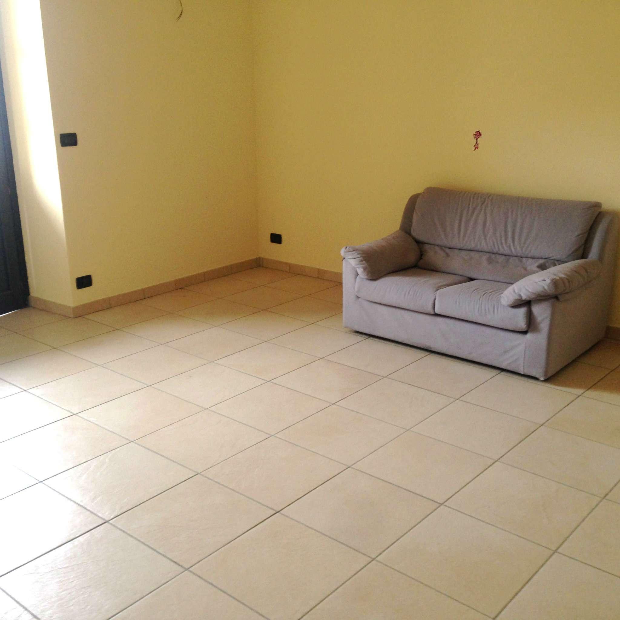 Appartamento in Affitto a Pinerolo: 5 locali, 160 mq