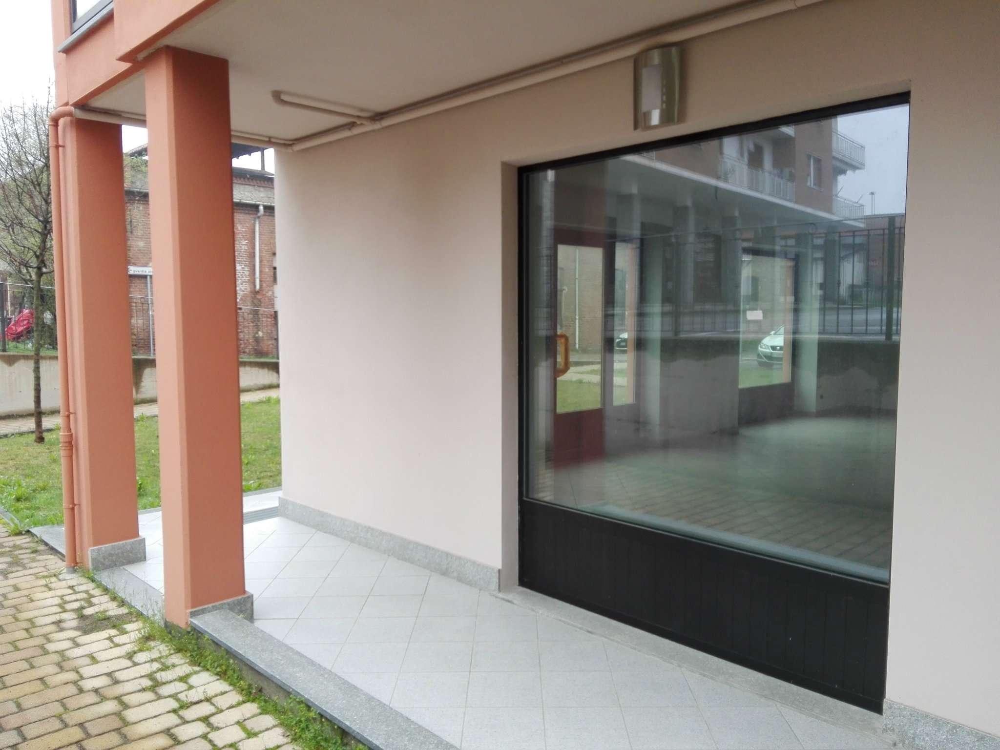 Negozio / Locale in affitto a Torre Pellice, 1 locali, prezzo € 800 | Cambio Casa.it
