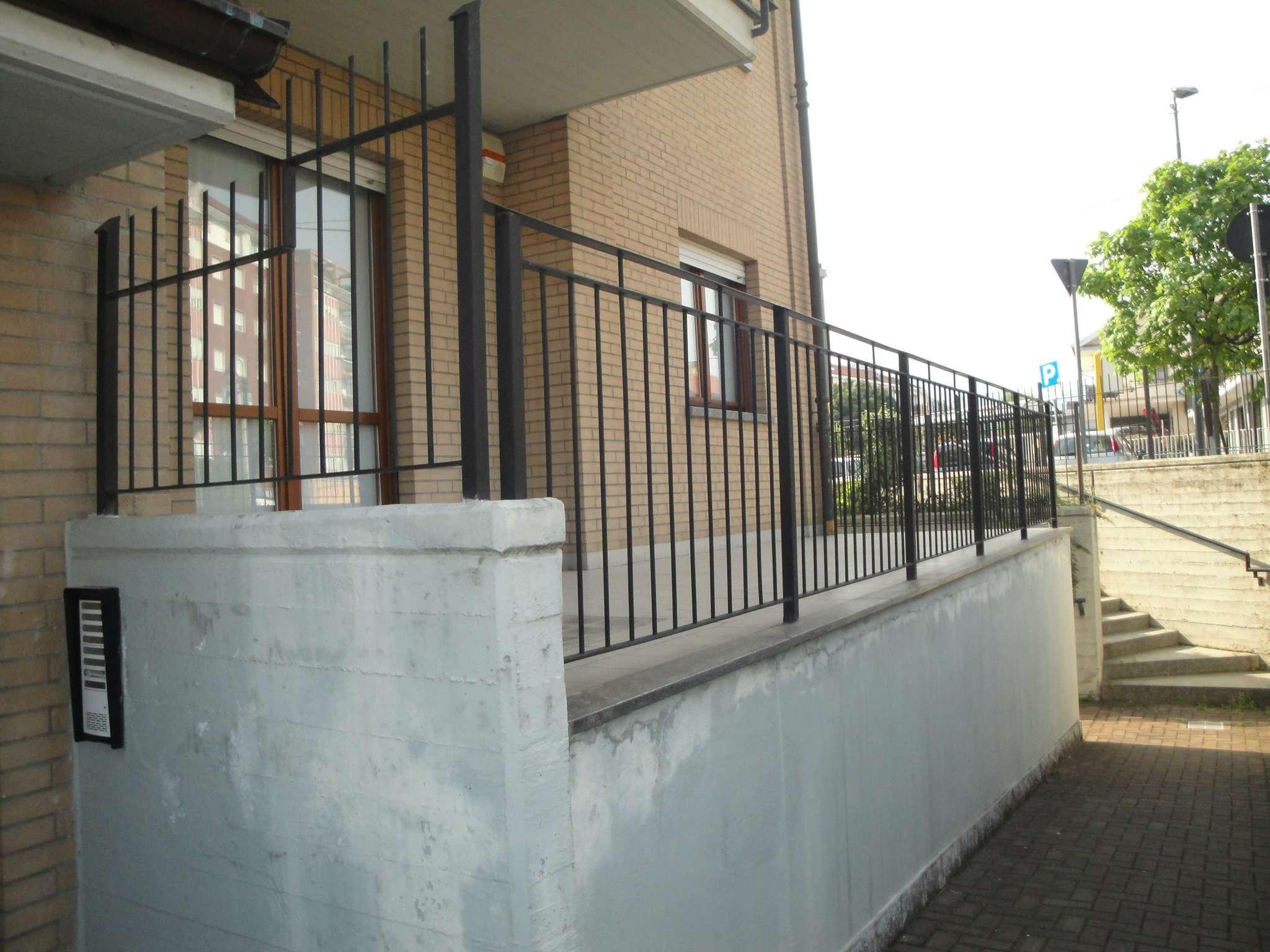 Ufficio / Studio in vendita a Piossasco, 4 locali, prezzo € 135.000 | Cambio Casa.it