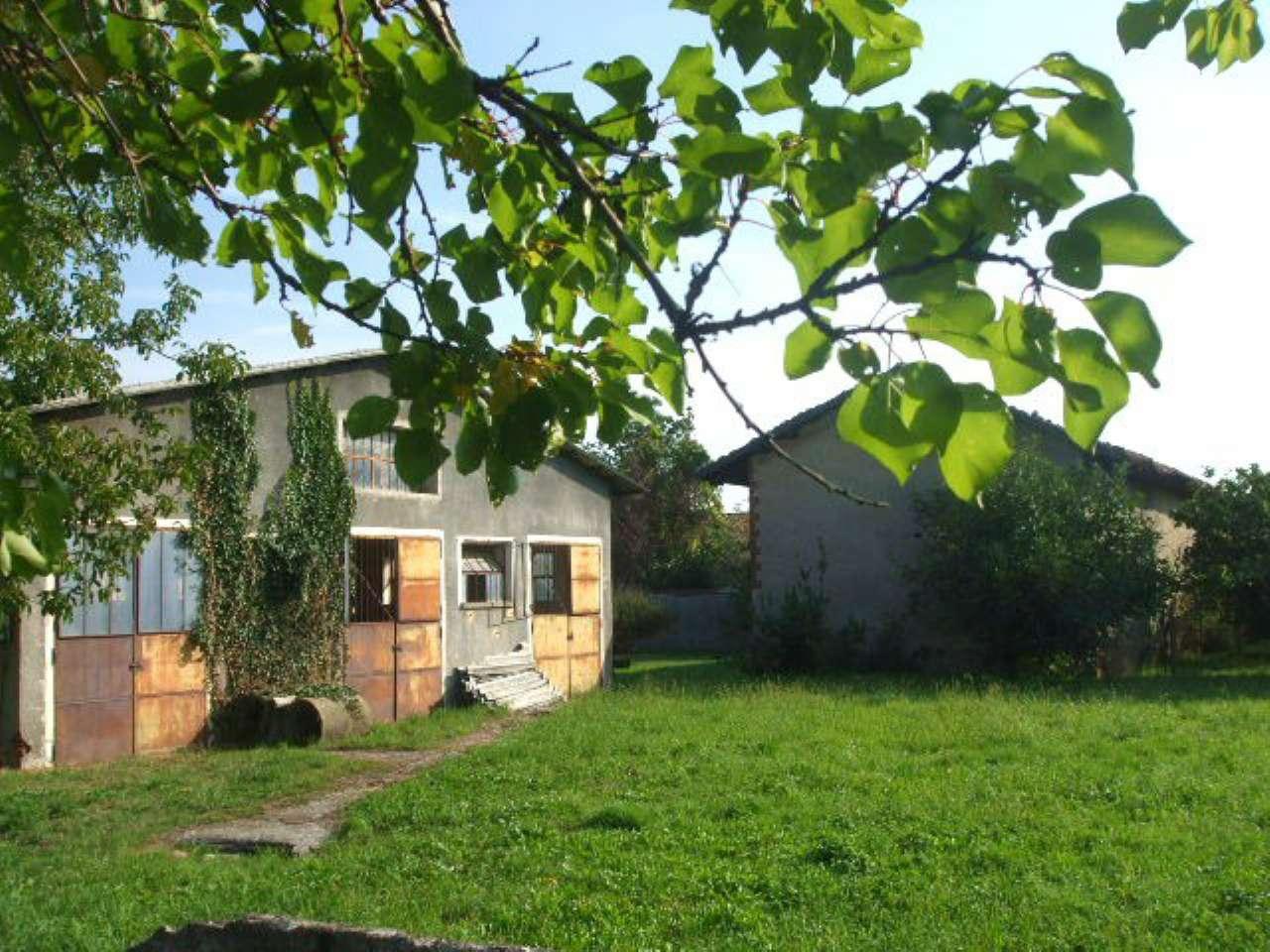 Rustico / Casale in vendita a Pinerolo, 9999 locali, prezzo € 85.000 | Cambio Casa.it