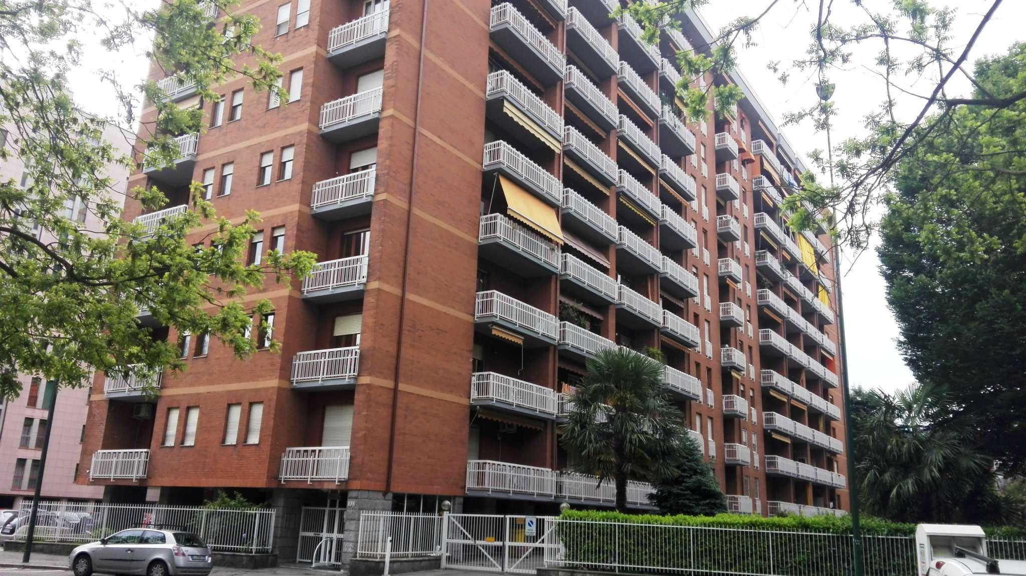 Appartamento in Vendita a Torino Semicentro Est: 5 locali, 135 mq