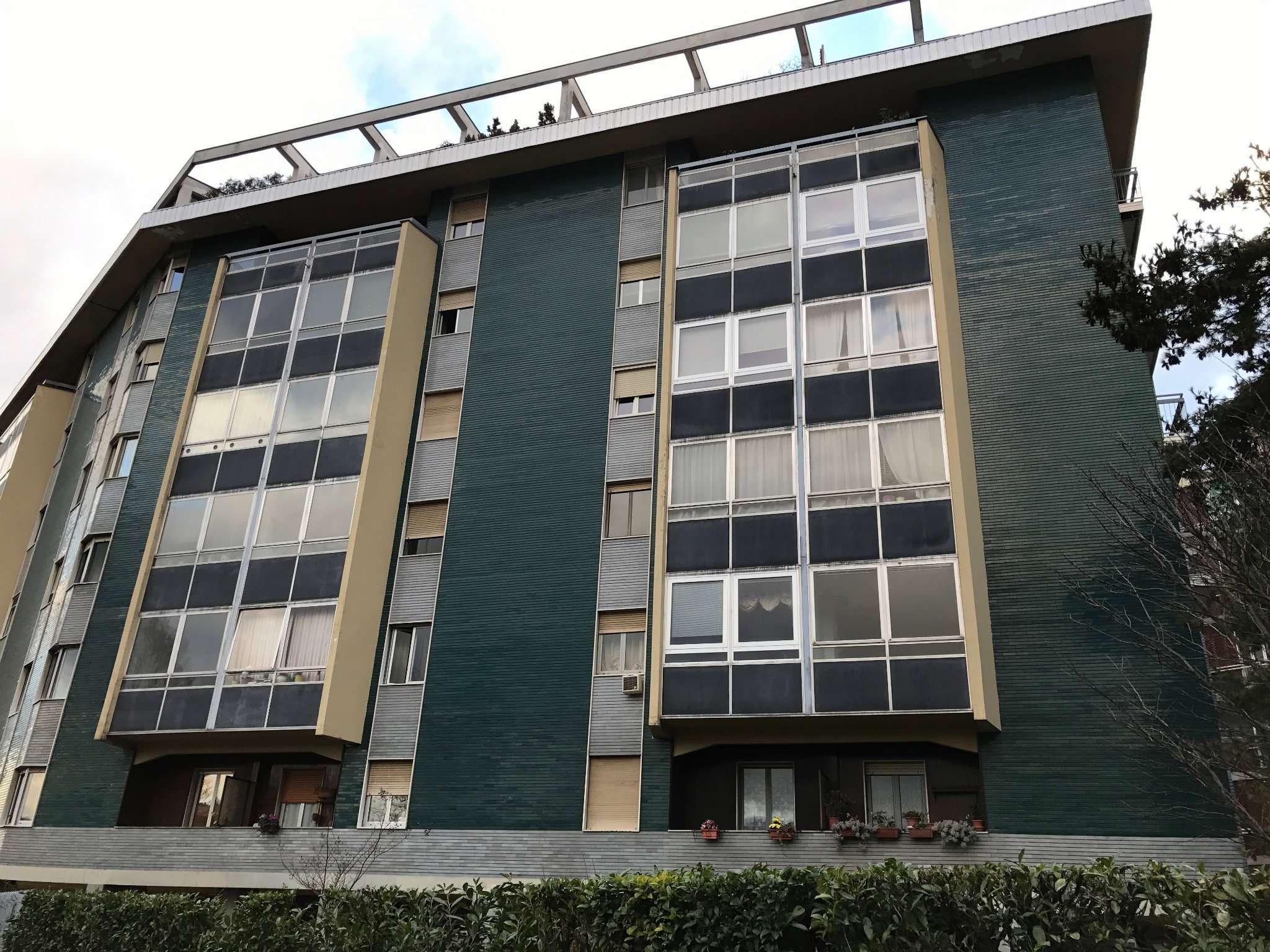 Appartamento in Vendita a Torino Periferia Sud: 3 locali, 79 mq