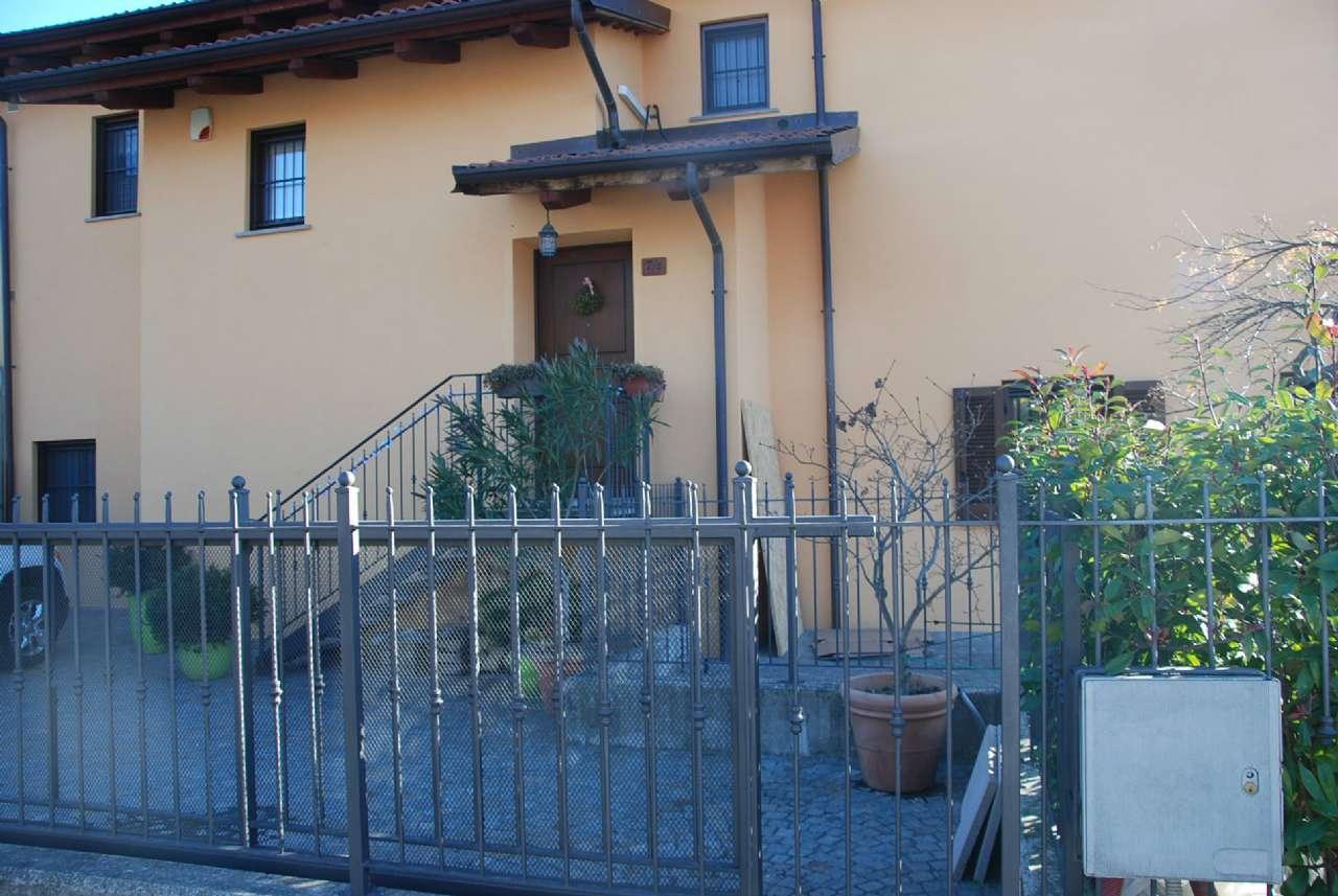 Appartamento in Vendita a Roletto: 4 locali, 150 mq