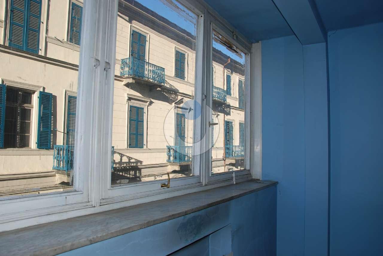 Appartamento in Vendita a Pinerolo: 5 locali, 120 mq