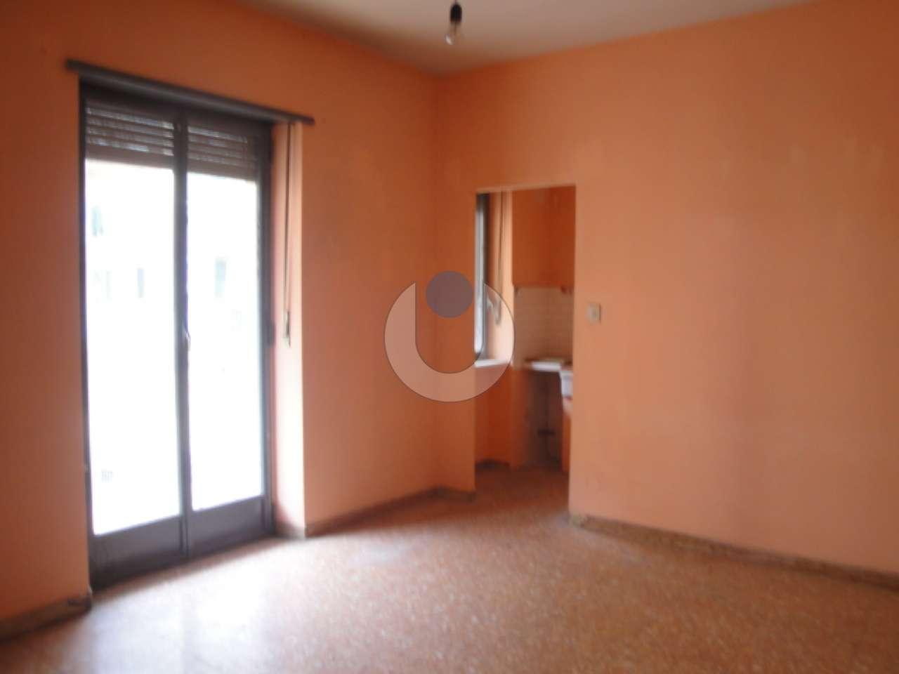 Appartamento in vendita a pinerolo via san lazzaro for Arredo bagno pinerolo