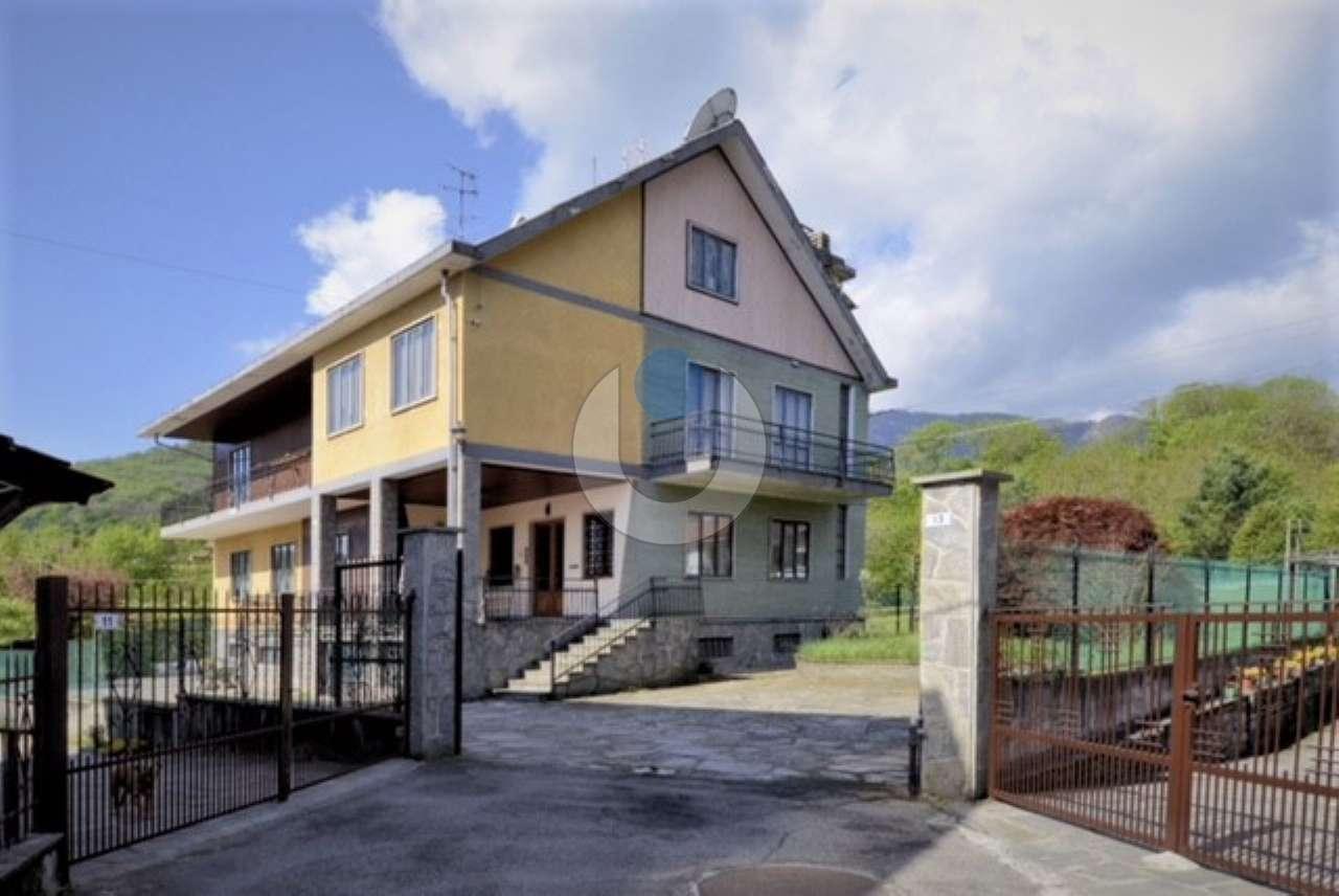 Casa indipendente in Vendita a Cumiana: 5 locali, 350 mq