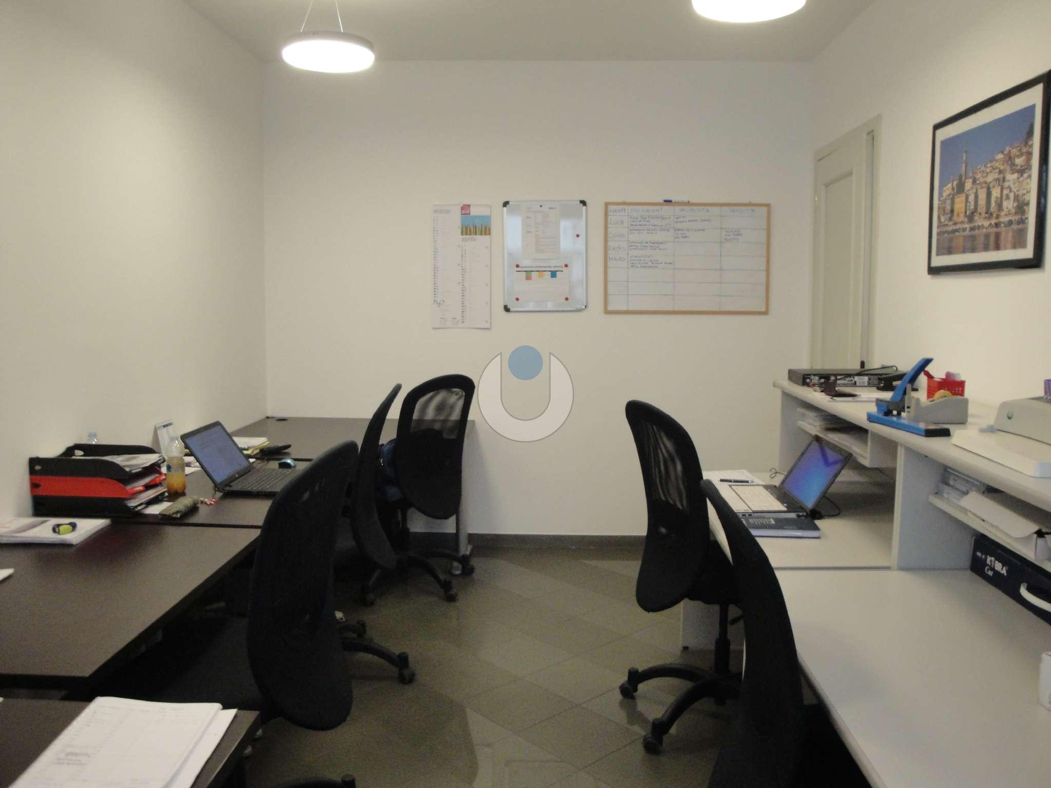 Ufficio-studio in Affitto a Pinerolo: 4 locali, 90 mq