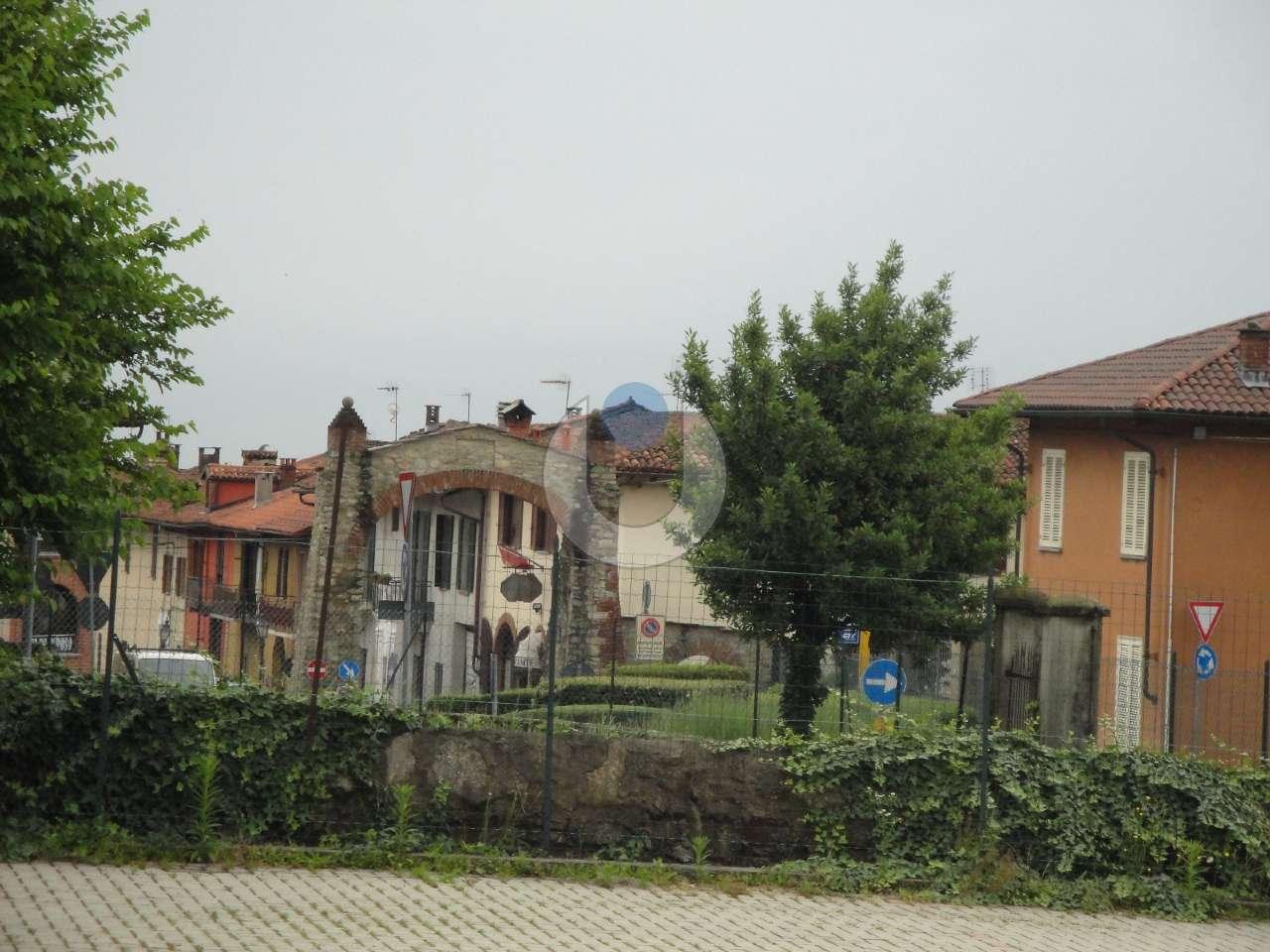 Foto 1 di Bilocale via Cantalupa 2, Frossasco