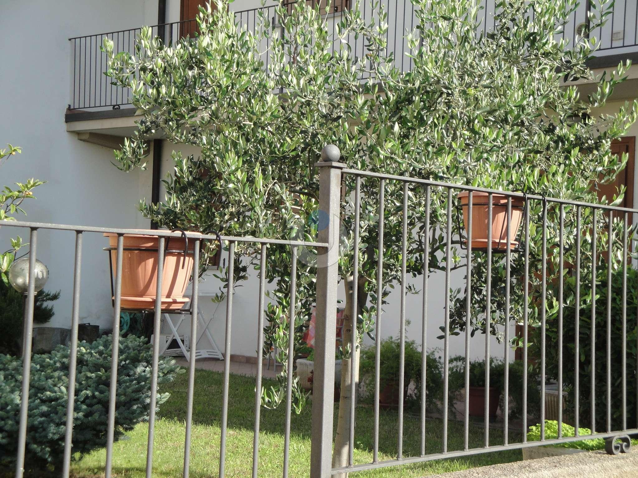 Appartamento in Vendita a Frossasco: 2 locali, 70 mq
