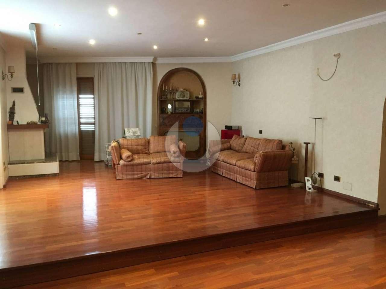 Foto 1 di Appartamento via Pramartino, San Pietro Val Lemina