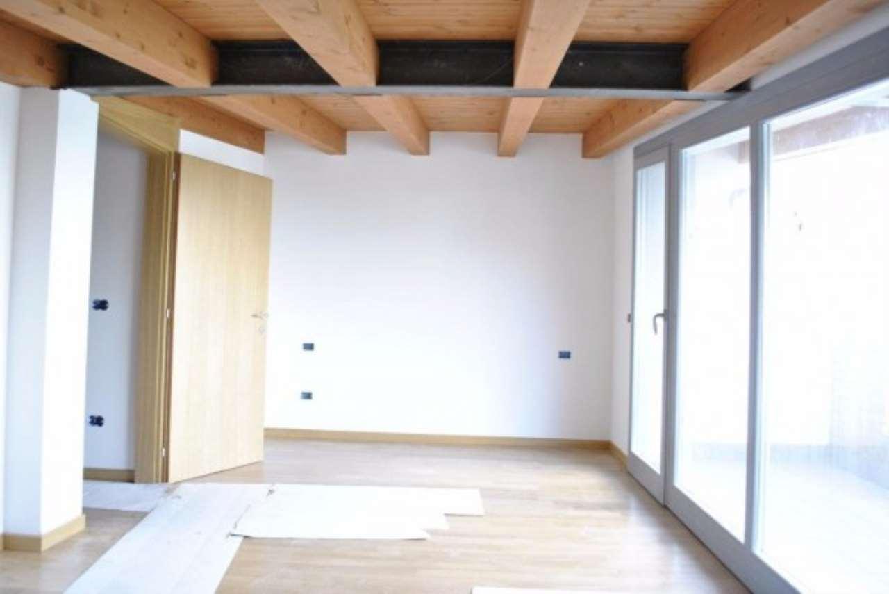 Villa in vendita a Salzano, 4 locali, prezzo € 209.000 | CambioCasa.it