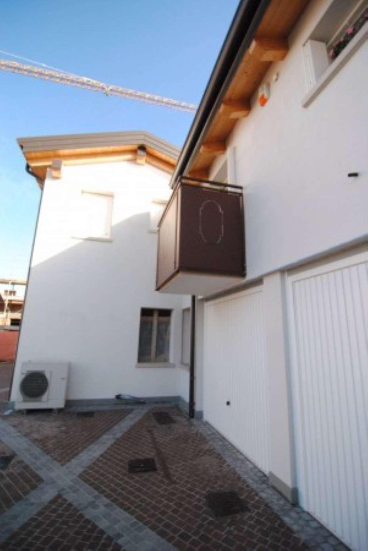 Attico / Mansarda in vendita a Mirano, 4 locali, prezzo € 210.000 | CambioCasa.it