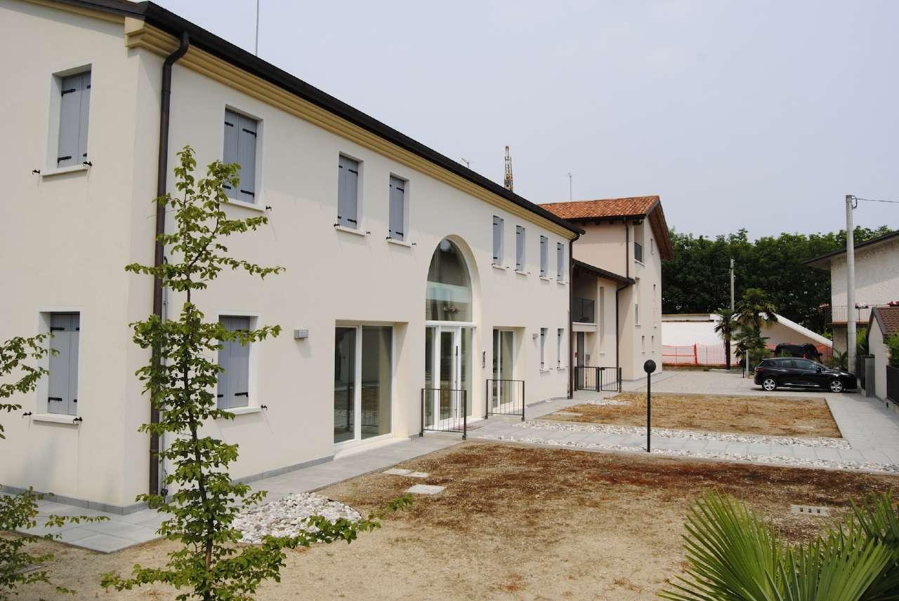 Attico / Mansarda in vendita a Dolo, 4 locali, prezzo € 240.000 | CambioCasa.it