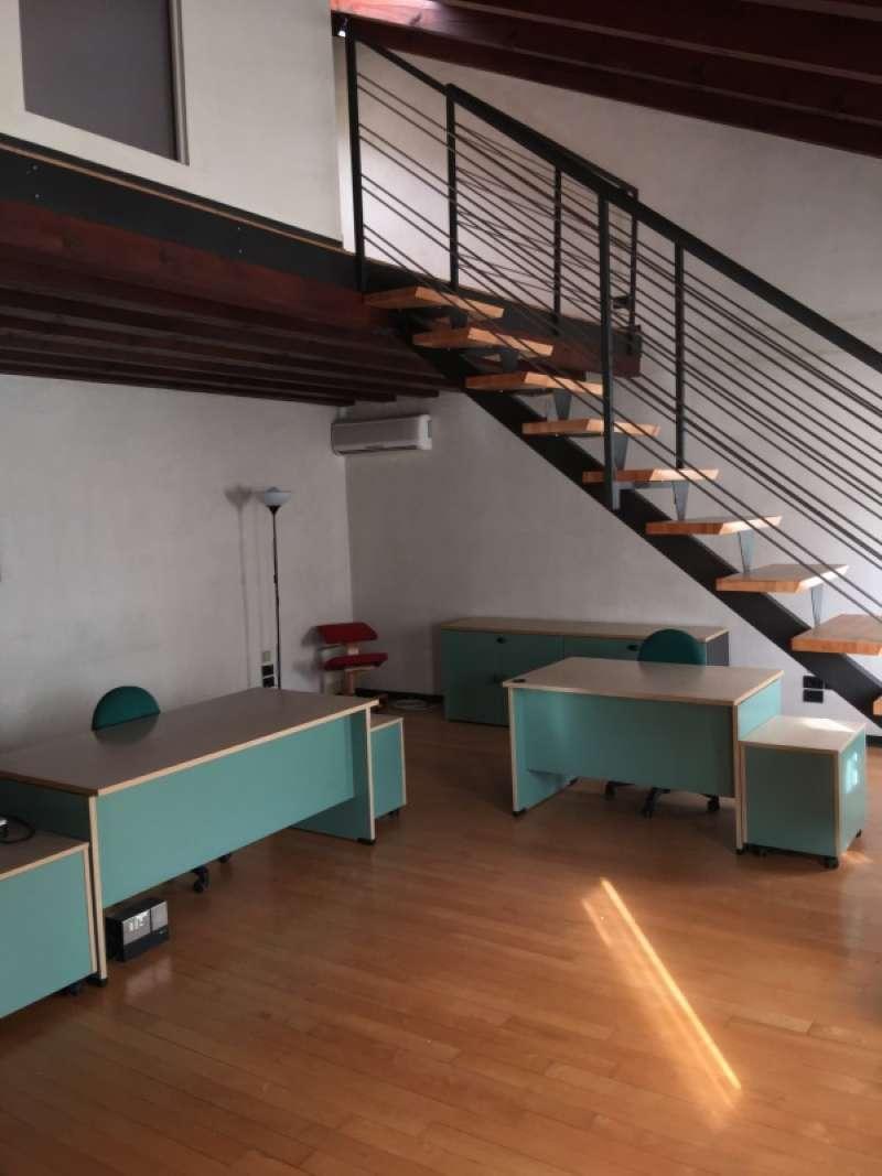 Ufficio / Studio in affitto a Mirano, 5 locali, prezzo € 1.500 | CambioCasa.it