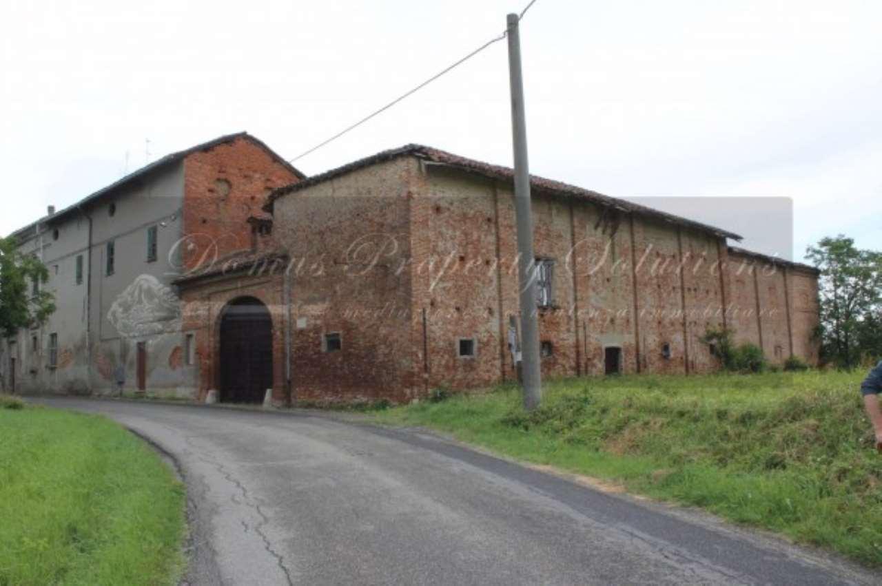 Palazzo / Stabile in vendita a Oviglio, 6 locali, prezzo € 550.000 | Cambio Casa.it