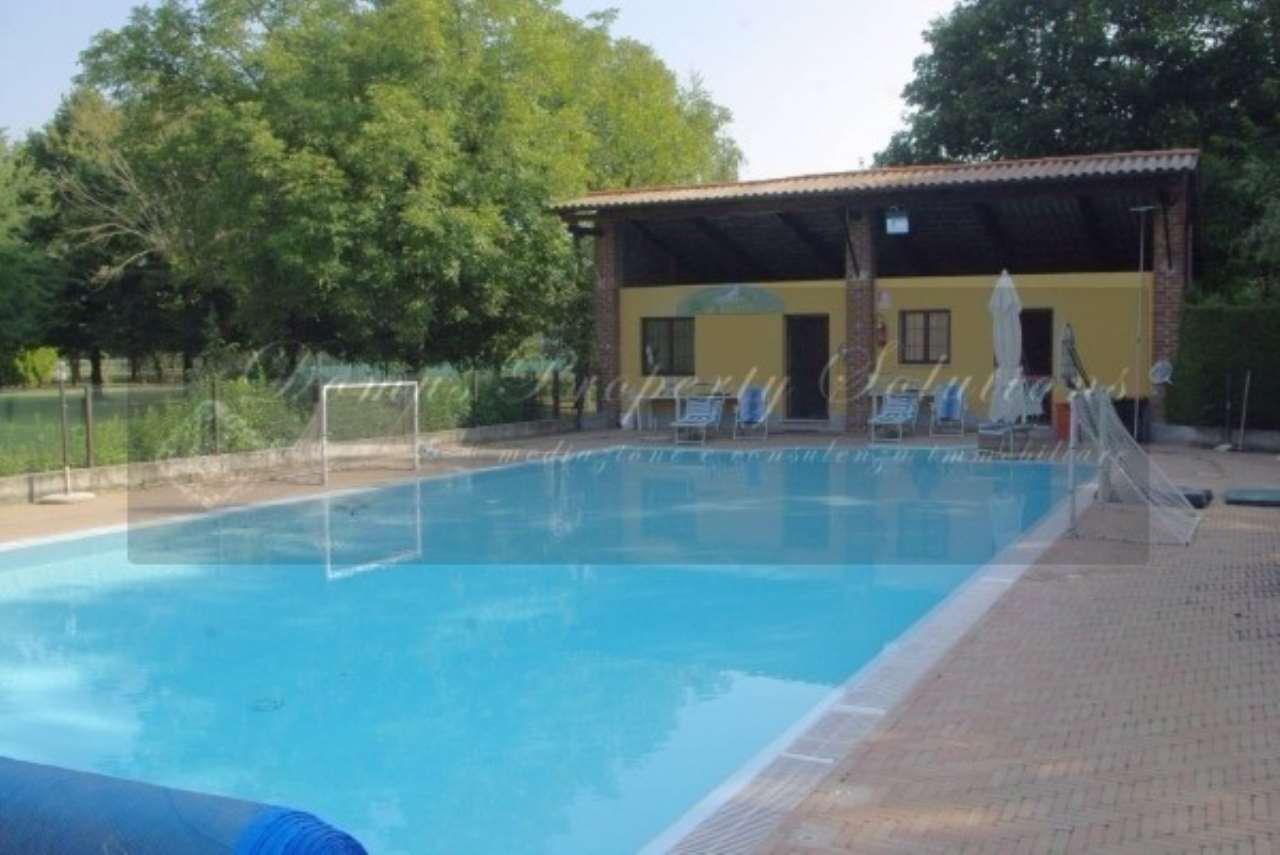 Rustico / Casale in vendita a Scaldasole, 6 locali, prezzo € 980.000 | Cambio Casa.it