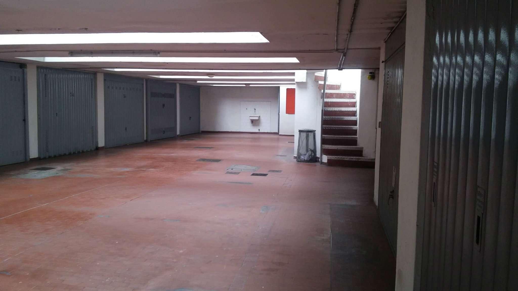 Box / Garage in affitto a Milano, 1 locali, zona Zona: 6 . V Giornate, XXII Marzo, P.ta Romana, Viale Corsica, Tribunale, Policlinico, prezzo € 250 | Cambio Casa.it