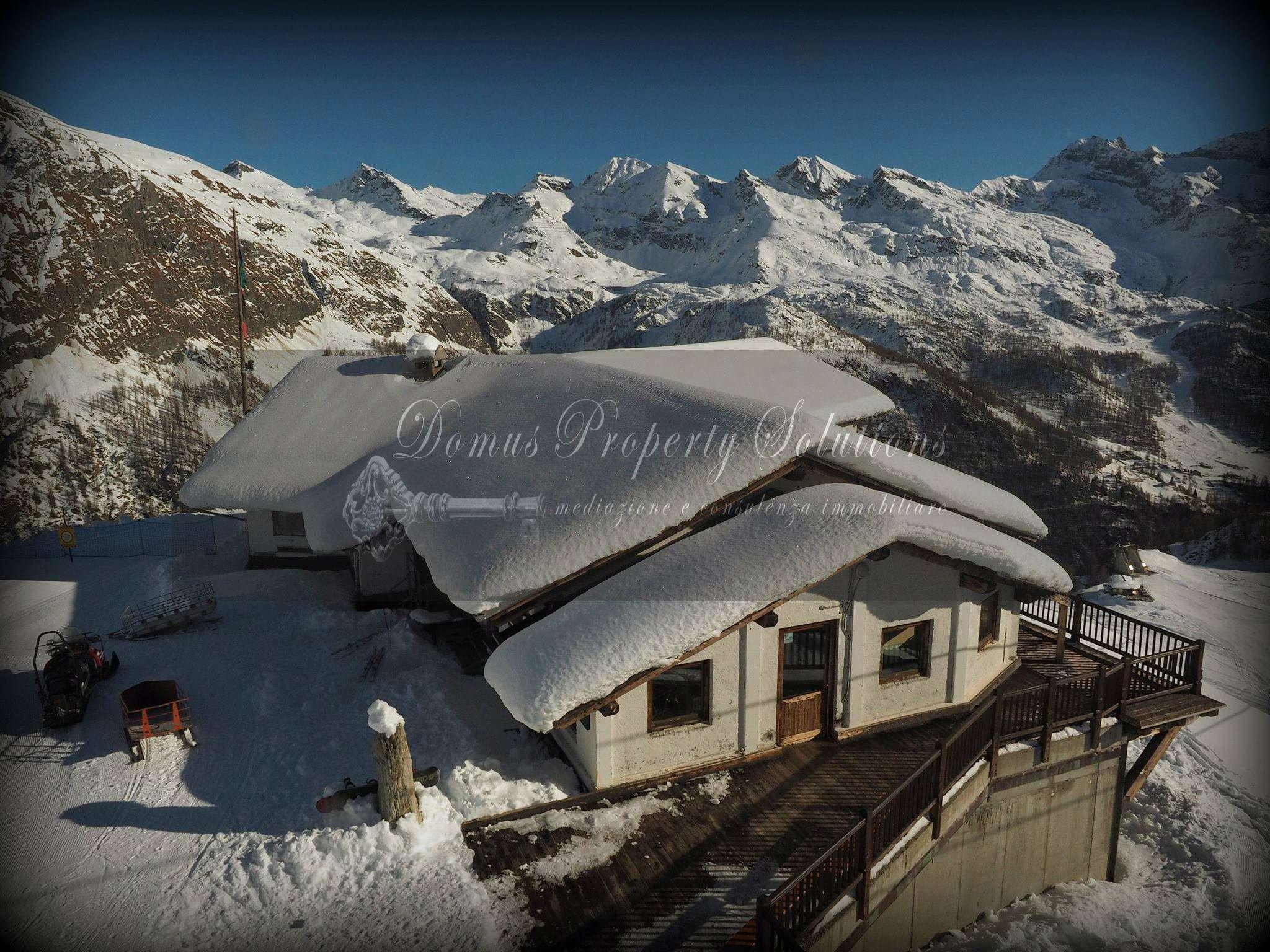 Albergo in vendita a Gressoney-la-Trinitè, 30 locali, prezzo € 2.500.000 | Cambio Casa.it