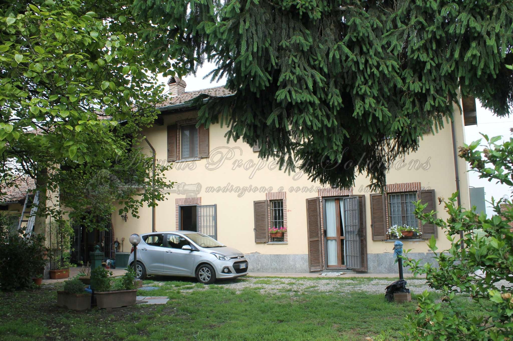 Villa in vendita a Gropello Cairoli, 7 locali, prezzo € 499.000 | CambioCasa.it