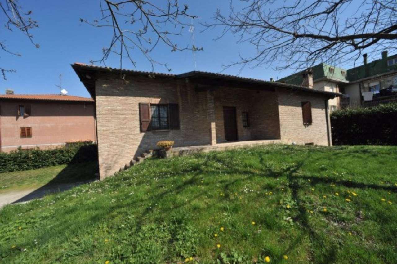 Villa in vendita a Castelfranco Emilia, 6 locali, prezzo € 340.000 | Cambio Casa.it