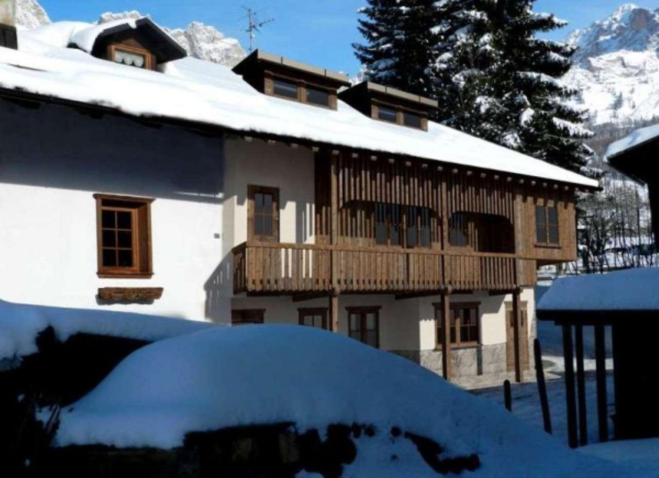 Soluzione Indipendente in vendita a Cortina d'Ampezzo, 6 locali, Trattative riservate | Cambio Casa.it