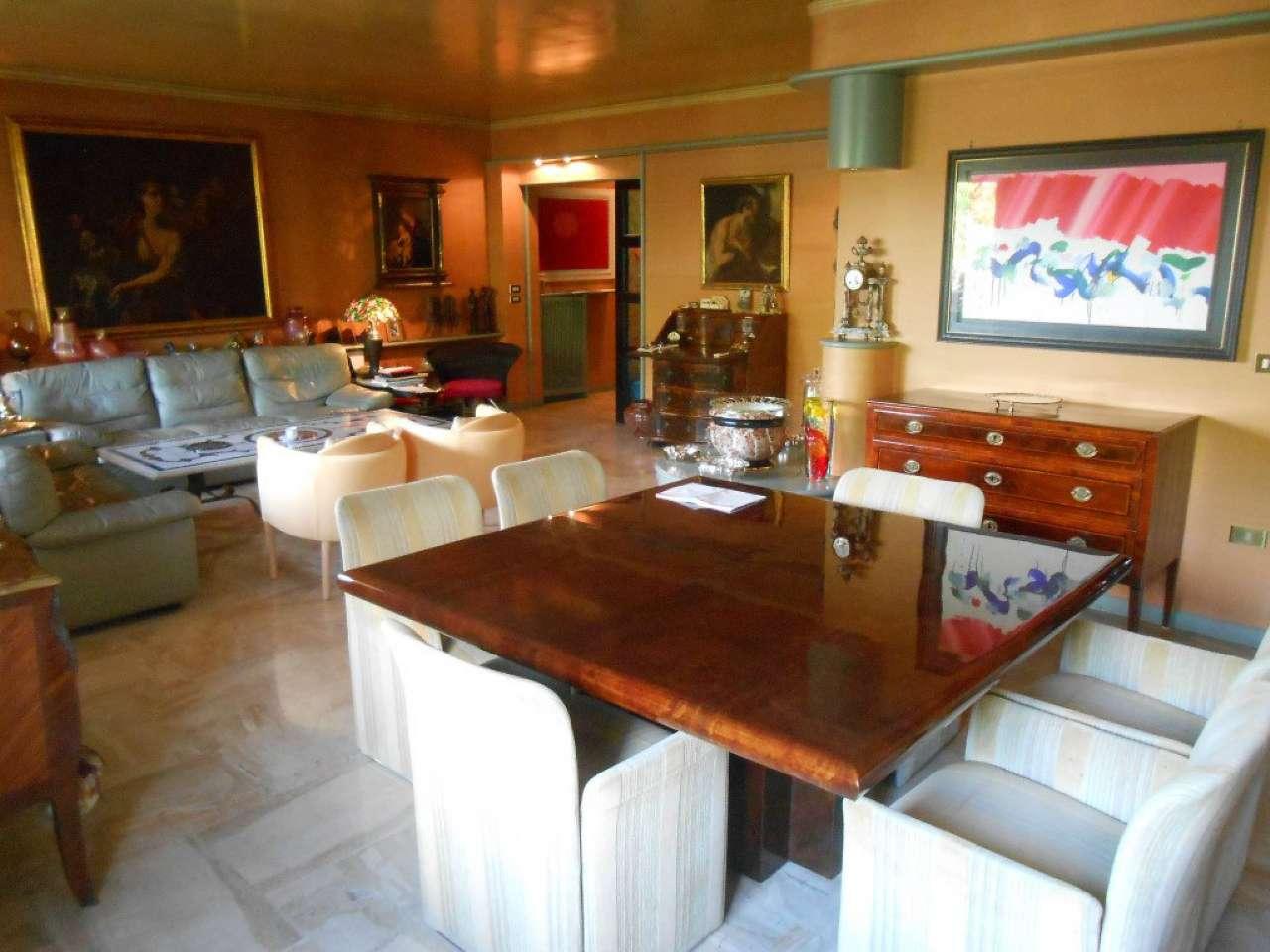 Appartamento in vendita a Venezia, 10 locali, zona Zona: 11 . Mestre, prezzo € 380.000   CambioCasa.it