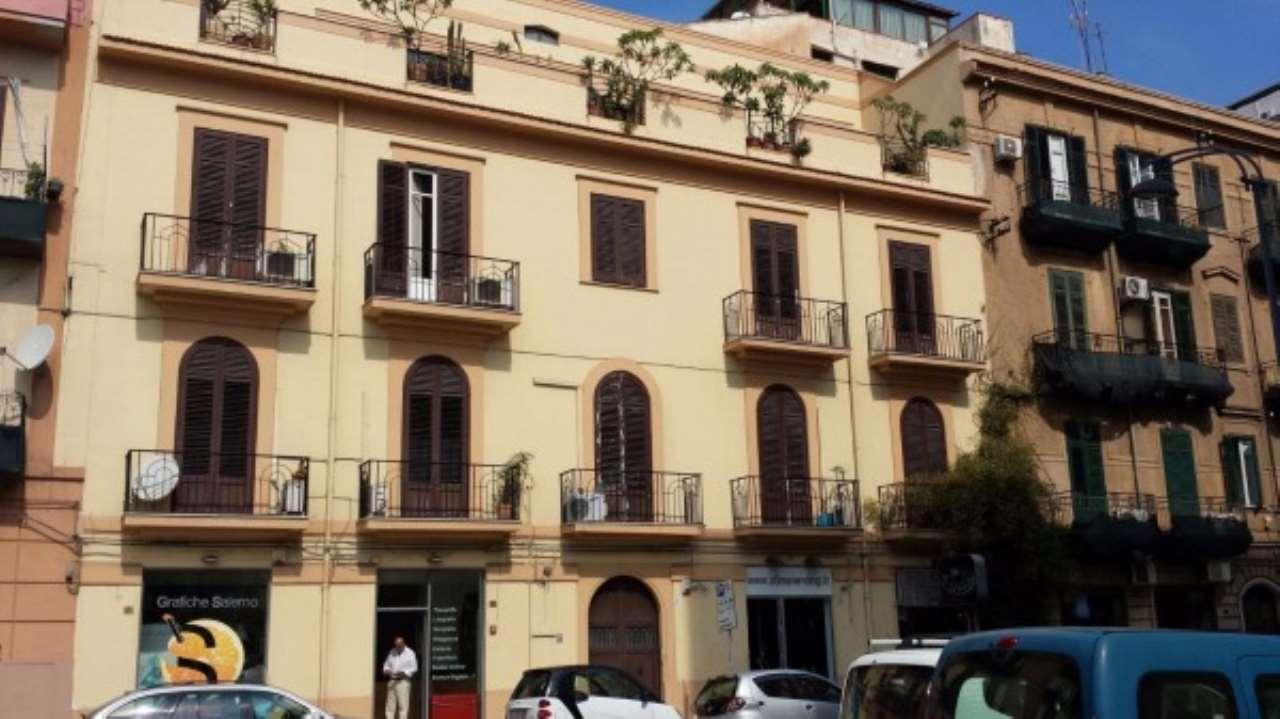 Appartamento in Affitto a Palermo Centro: 3 locali, 80 mq