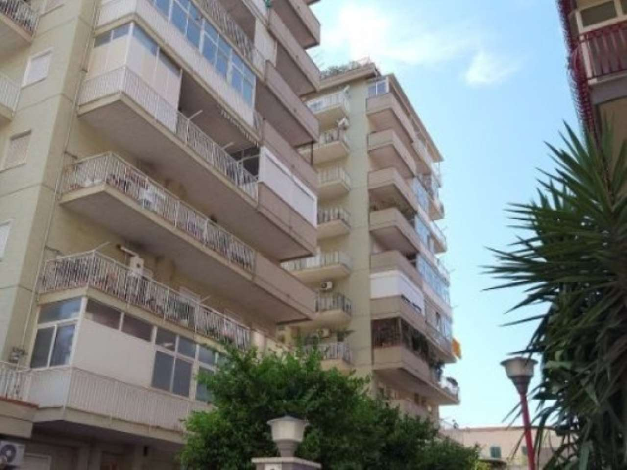 Appartamento in Affitto a Palermo Periferia: 3 locali, 100 mq