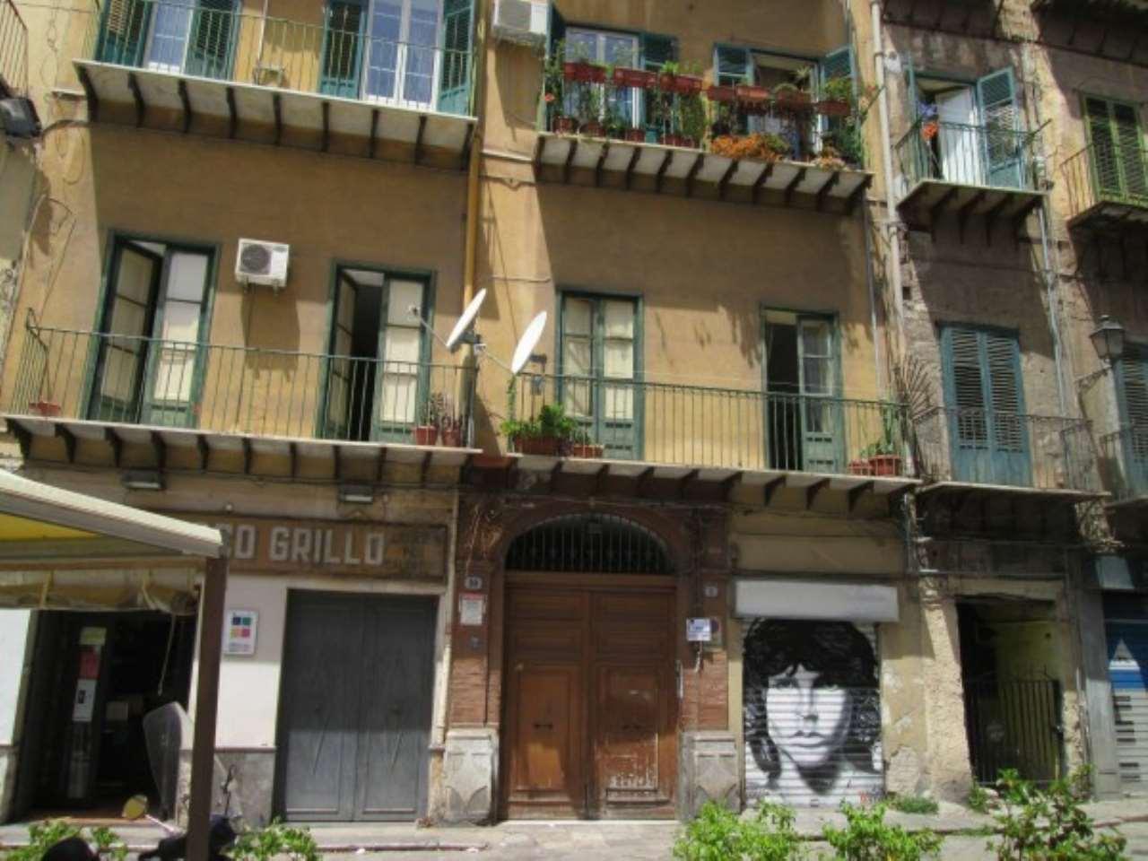 Appartamento in Affitto a Palermo Semicentro: 5 locali, 160 mq