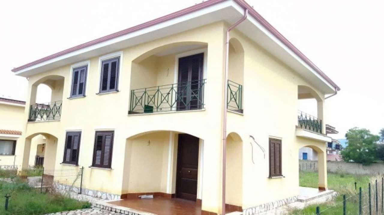 Villa in Vendita a Carini Periferia: 3 locali, 85 mq
