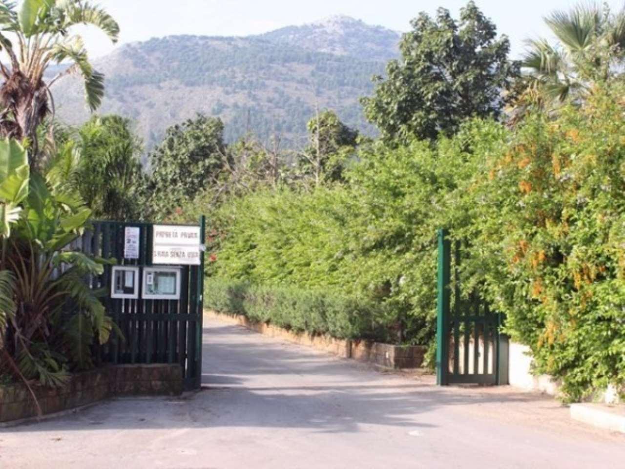 Villa in Vendita a Palermo Periferia: 5 locali, 375 mq