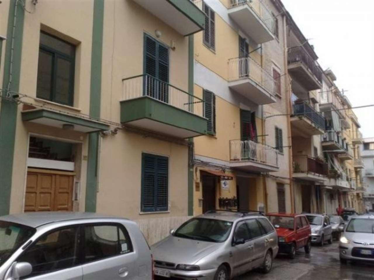 Appartamento in Vendita a Palermo: 3 locali, 105 mq