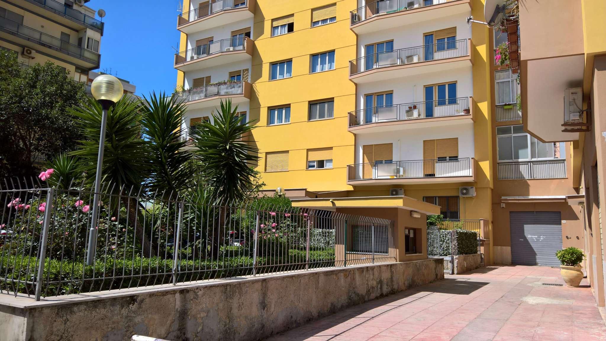 Magazzino in Vendita a Palermo Centro: 1 locali, 45 mq