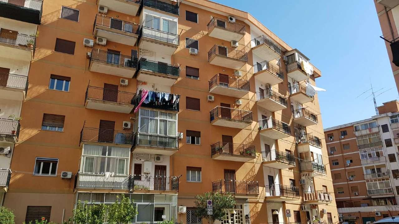 Appartamento in Vendita a Palermo Periferia: 5 locali, 160 mq