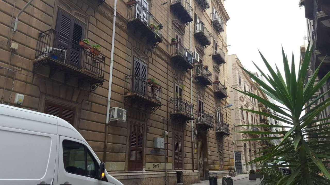 Appartamento in Affitto a Palermo Centro:  4 locali, 120 mq  - Foto 1