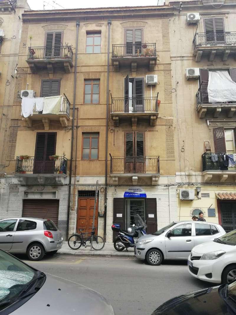 Appartamento in Vendita a Palermo Centro: 2 locali, 75 mq