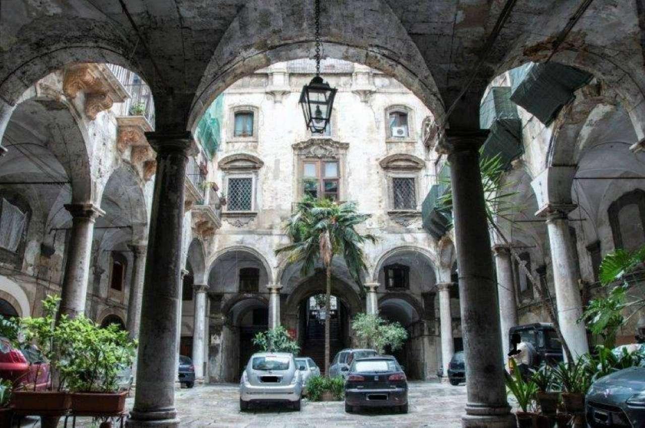 Appartamento in Vendita a Palermo Centro:  2 locali, 78 mq  - Foto 1