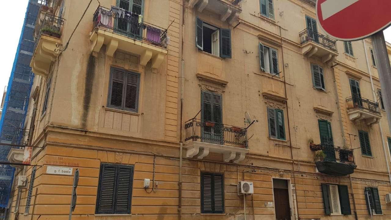 Appartamento in Vendita a Palermo Centro: 3 locali, 85 mq
