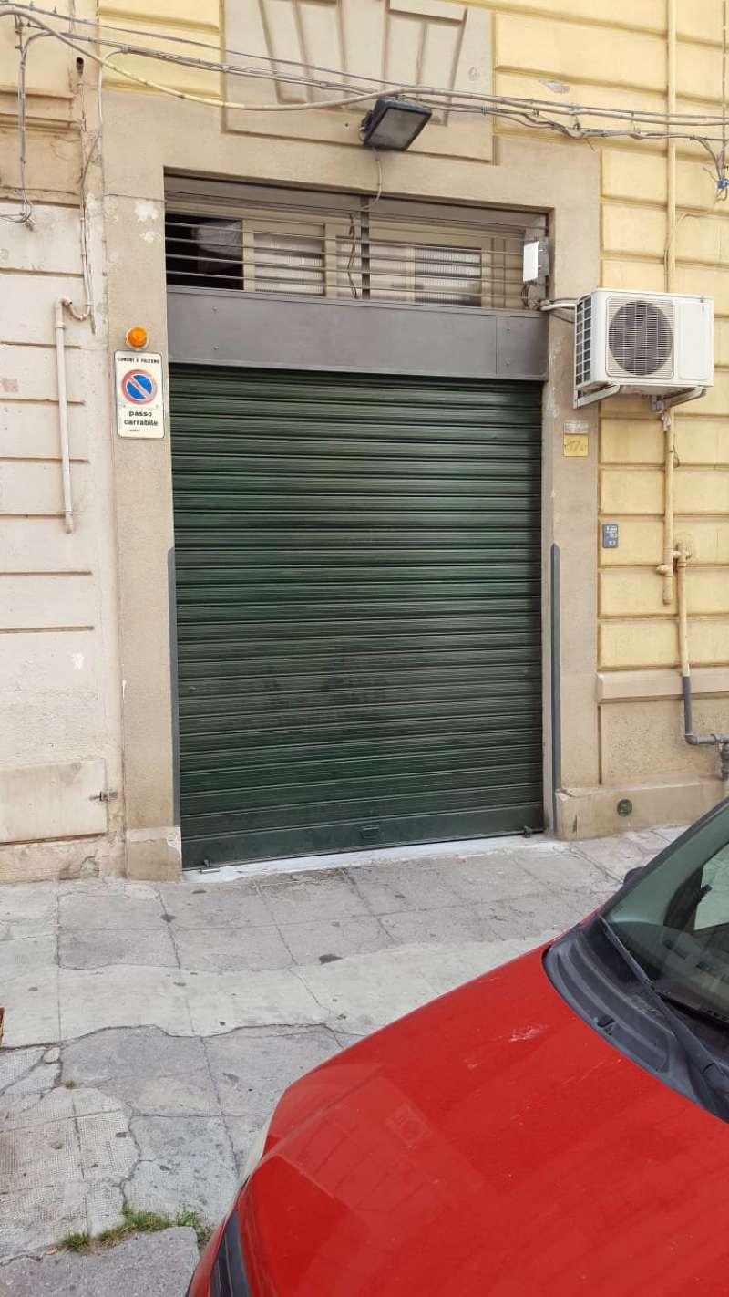 Magazzino in Affitto a Palermo Centro: 1 locali, 70 mq